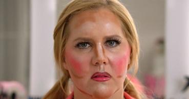 too-much-makeup-amy-schumer.jpg